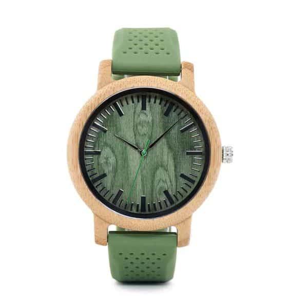 Montre en bois avec bracelet en silicone vert