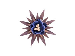 Broche fleur en bois – Lys